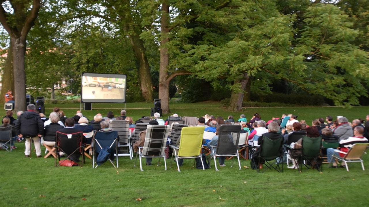 Openluchtfilms in het Proosdijpark