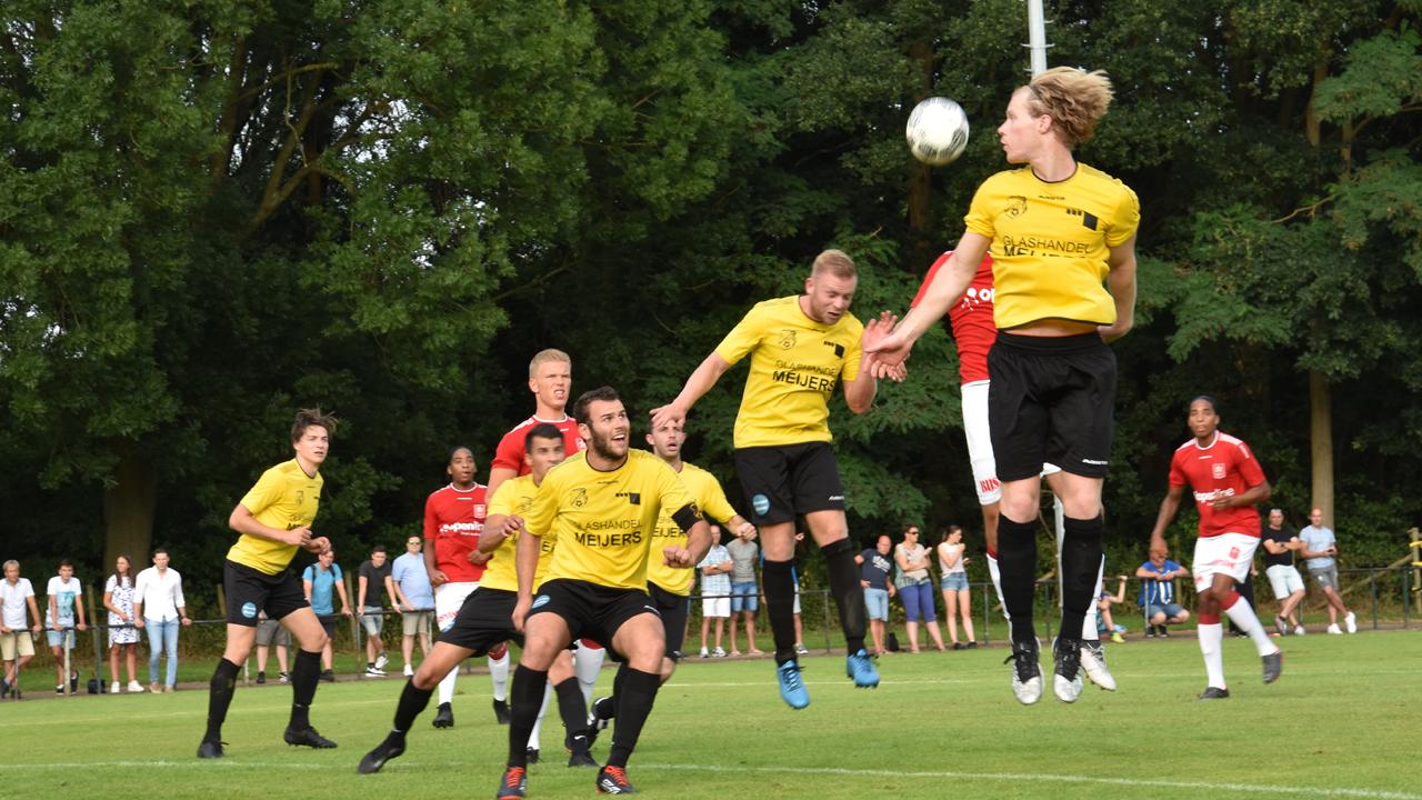 Coronamaatregelen versoepeld: voetbalclubs bereiden zich voor