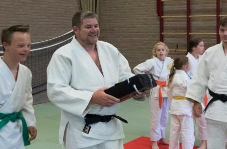 Nico van Gool nam afscheid van  judoclub Bunde