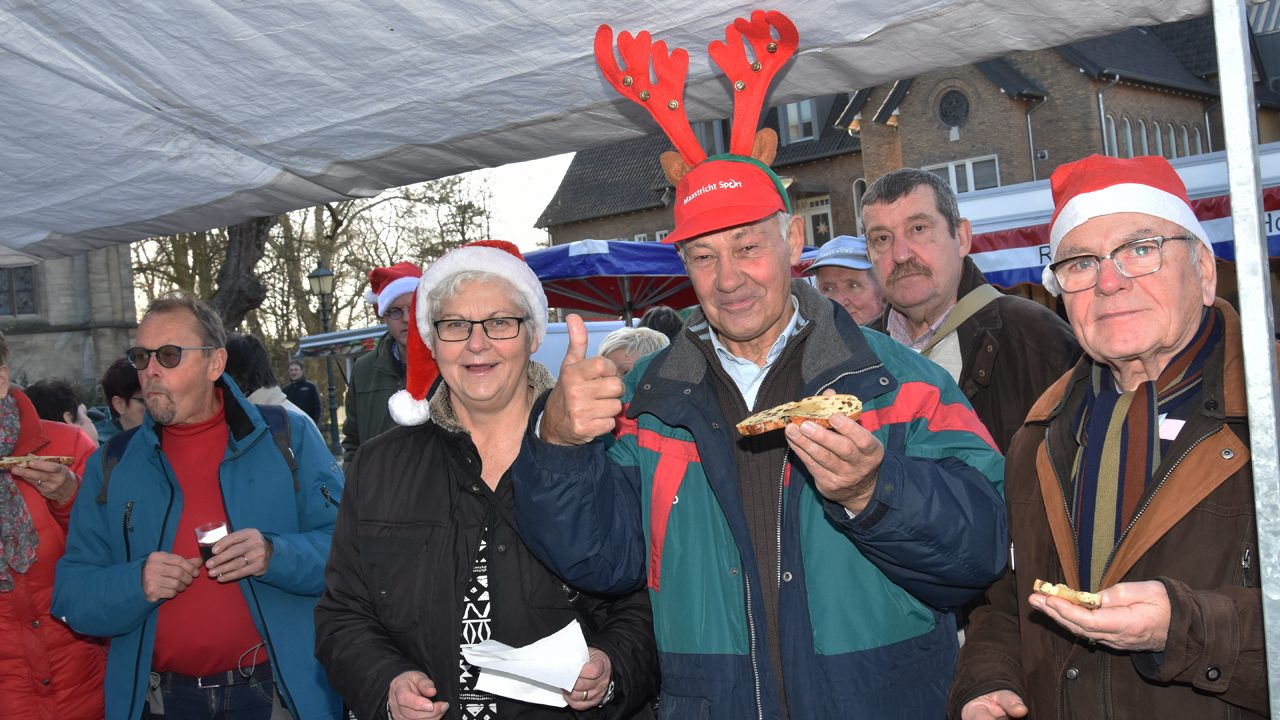 Weekmarkt in kerstsfeer