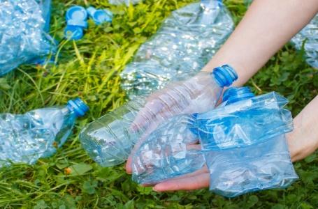 Meeste zwerfafval in de Geul is plastic, sanitair en medisch
