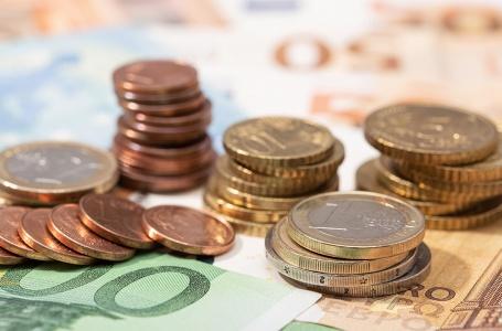 """Spoedoverleg begroting: """"geen draconische bezuinigingen nodig"""""""