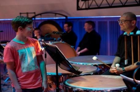 Kinderen als co-presentatoren voor film over muziek gezocht