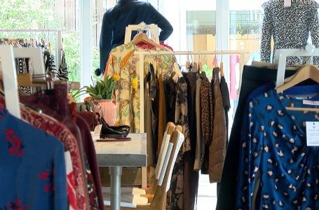 """Vintagewinkels in trek: """"zonde om kleding in de kast te laten hangen"""""""