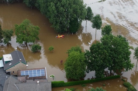 """Inzamelingsactie voor schade na waterramp: """"het grijpt je enorm aan"""""""