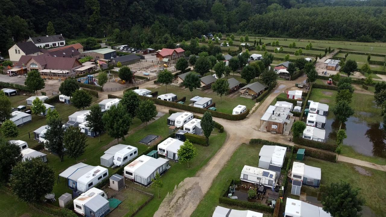 """Camping Geuldal: """"Het was binnen een half uur van oke, het gaat wel naar een crisis situatie."""""""