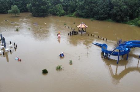 Meer Actueel 18-7-2021: wateroverlast van dag tot dag