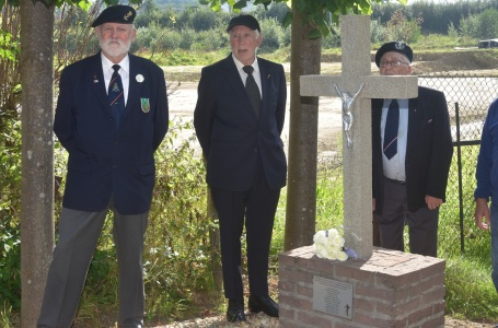 Slachtoffers herdacht bij Kruisbeeld Rothem